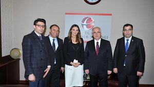 Azeri Milletvekili Paşayeva, Vali Güngör Azim Tunayı ziyaret etti