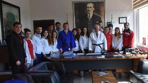 Judo milli takımından Başkan Albayrak'a ziyaret