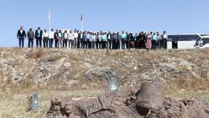 Kıbrıs gezisinde katliam çukurunun tanıkları buluştu