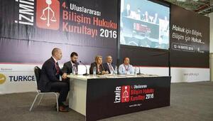 Hukuk ve bilişim dünyası İzmirde buluştu