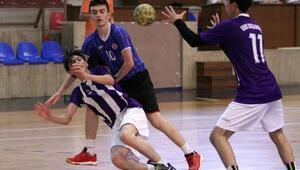 Küçük Kız- Erkek Hentbol Türkiye Şampiyonası başladı