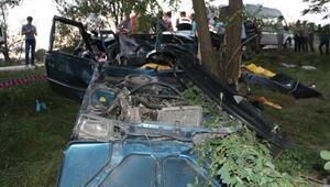 Otomobil kontrolden çıktı bir aile yok oldu: 4 ölü