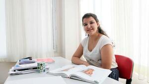 Mucize kız Handan, üniversitede okuyor