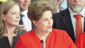 Dilma Rousseff görevden alındı