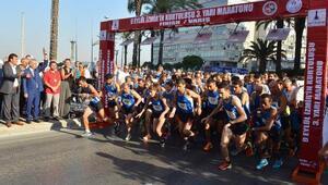 İzmir trafiğine maraton düzenlemesi