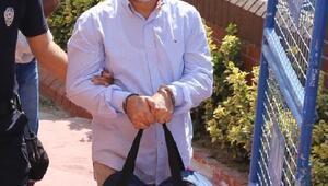 Darbeciler için tez hazırlayan profesör tutuklandı