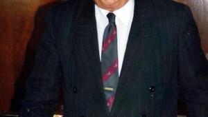 Mersinde 3 dönem belediye başkanlığı yapan Kaya Mutlu toprağa verildi