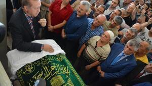 Cumhurbaşkanı Erdoğan, Erdek'te cenaze törenine katıldı (2)