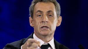 Sarkozy: Türkiye Avrupa'ya değil, Asya'ya ait