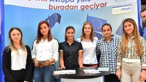 İzmirli gençlerin Avrupa ilgisi