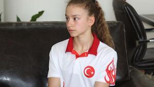 Akhisarlı cimnastikçi Ayşe madalya peşinde