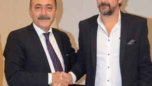 Mersin İdmanyurdunun yeni Teknik Direktörü Yusuf Şimşek imzayı attı
