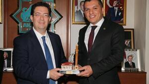 Aksaray Belediye Başkanından, Gümüşsoya tebrik