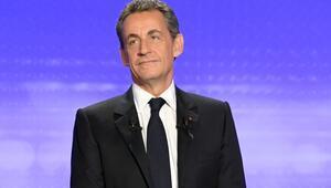 Sarkozyden Kaddafi iddiasına çok sert yanıt