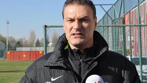 Eskişehirspor teknik direktörü Özalan: Sivasa 3 puan için gideceğiz