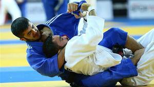 Judoda zafer İstanbullu sporcuların