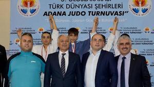 Adanada Türk dünyasının judo kardeşliği