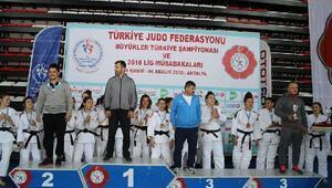 Karamanlı judocular bir üst lige yükselme şansı yakaladı