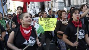Buenos Aireste laf atmaya ceza geldi
