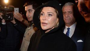 Hülya Avşar saldırı haberini alınca sahneden indi