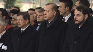 Cumhurbaşkanı Erdoğan şehit polisin cenazesine katıldı (1)