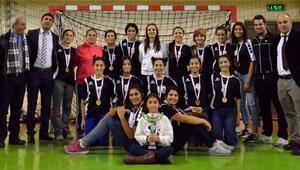 Adana'da Okullarası Genç Kızlar Hentbol Müsabakaları tamamlandı