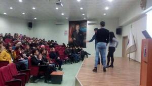 Çanakkale SGKdan öğrencilere seminer