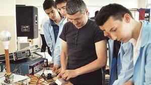 Mesleki ve teknik liseler için yeni düzenleme: Sınavsız geçiş yok