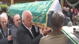 Fatih Çekirgenin annesi son yolculuğuna uğurlandı