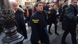 Manuel Valls'e unlu saldırı