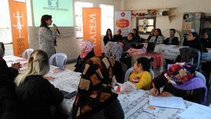 Kadın hakları eğitimi