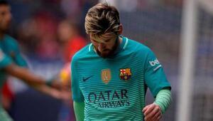 Barcelonayı yıkan Messi haberi