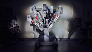 Robot doktorlara emanet