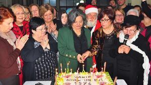 Huzurevi sakinleri yeni yılı erken kutladı