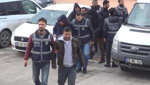 Gümrükte el konulan içkileri piyasada satanlar tutuklandı