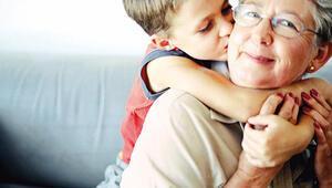 Çalışan annelere, anneanne destek ücreti