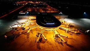 Antalyada geçen yılki uçak trafiği; 127 bin
