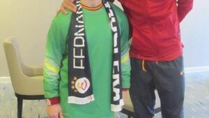 Yunus, Galatasaraylı futbolcularla buluştu
