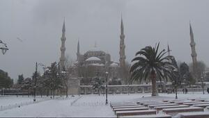İstanbuldan kartpostallık kar manzaraları