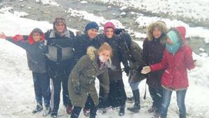 Erfelekte kar eğlencesi