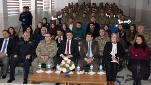 Asker ve öğretmenlere şiddetin önlenmesi semineri