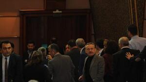 Ensar Vakfı tartışması mikrofon kapattırdı, CHP grubu Meclisi terk etti