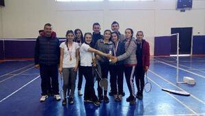 Badminton il birinciliği müsabakaları sona erdi