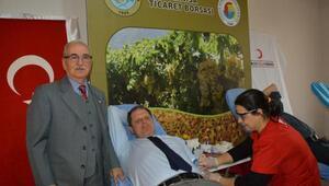 Manisa Ticaret Borsasından kan bağışı desteği