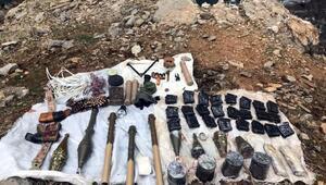 Şırnakta sığınak içerisinde silah ve mühimmat bulundu