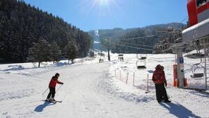 Vali Köse, Ilgaz Yıldız Tepe Kayak Merkezini inceledi