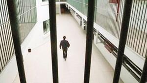 Cezaevlerinde 201 bin kişi