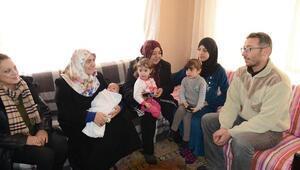 Özefe, Suriyelileri ziyaret etti