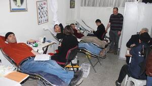 Kan bağışına ilgi yoğun