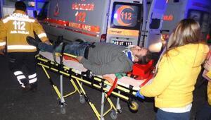 Çorumda iki otomobil çarpıştı: 10 yaralı